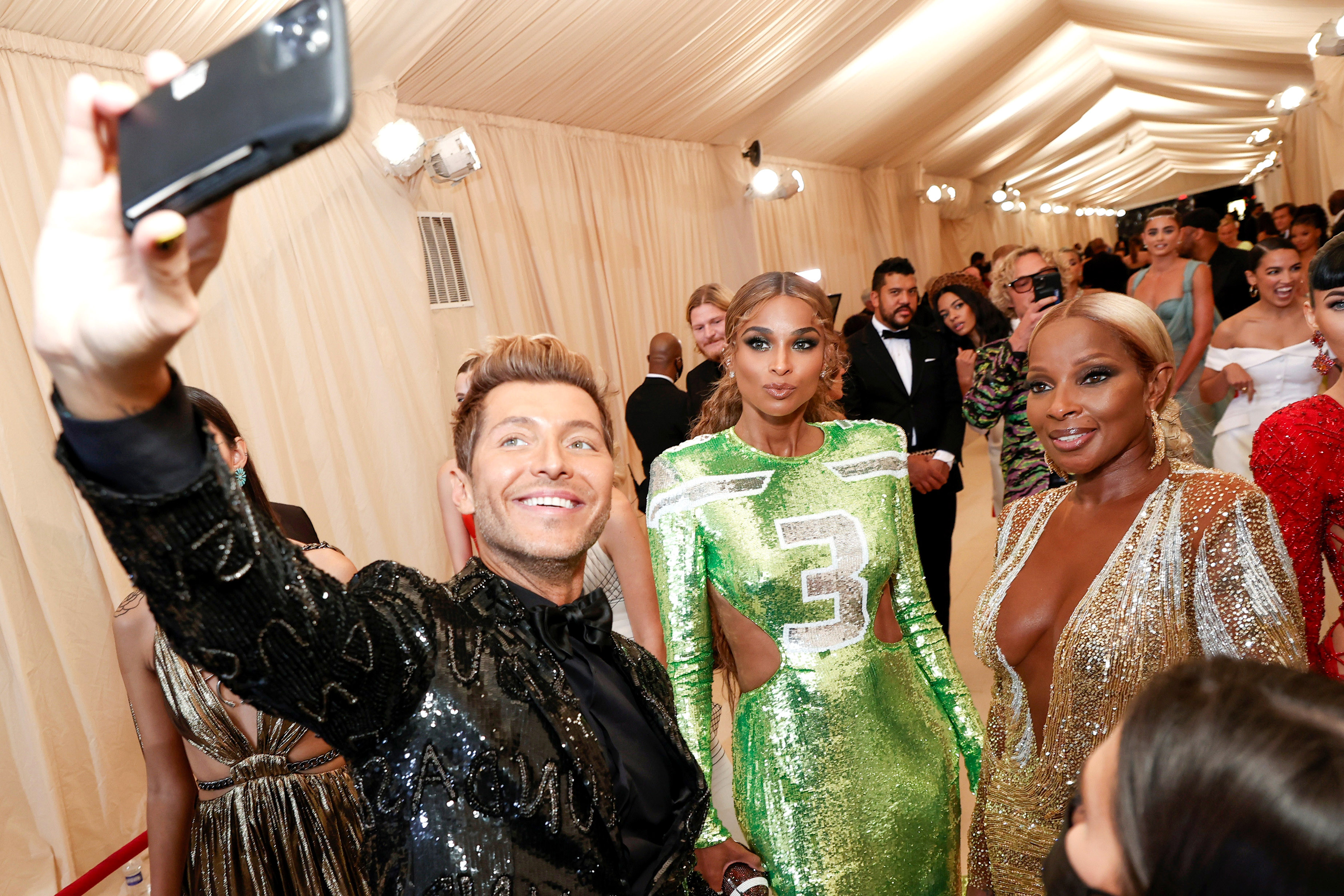 Ciara and Mary J. Blige at the Met Gala on Sept. 13, 2021.