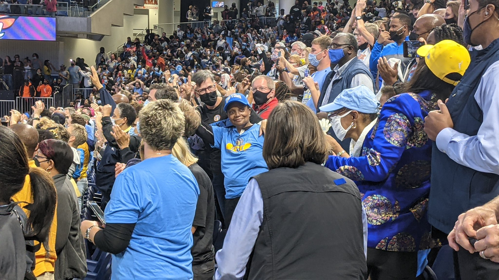 Mask mandate hypocrite Chicago Mayor Lori Lightfoot attended a basketball game where everyone except her was wearing a mask.